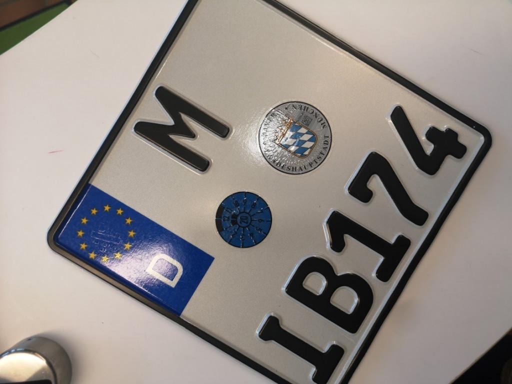 Autokennzeichen bestellen/ reservieren München